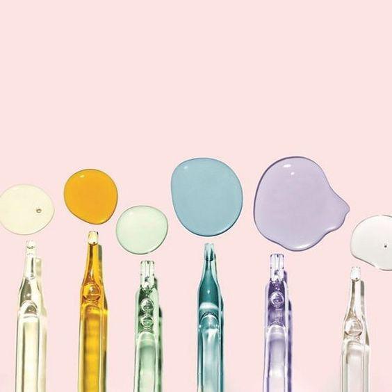 2. Uống collagen có chứa thành phần giúp trắng da như tinh chất saffron, Glutathione...