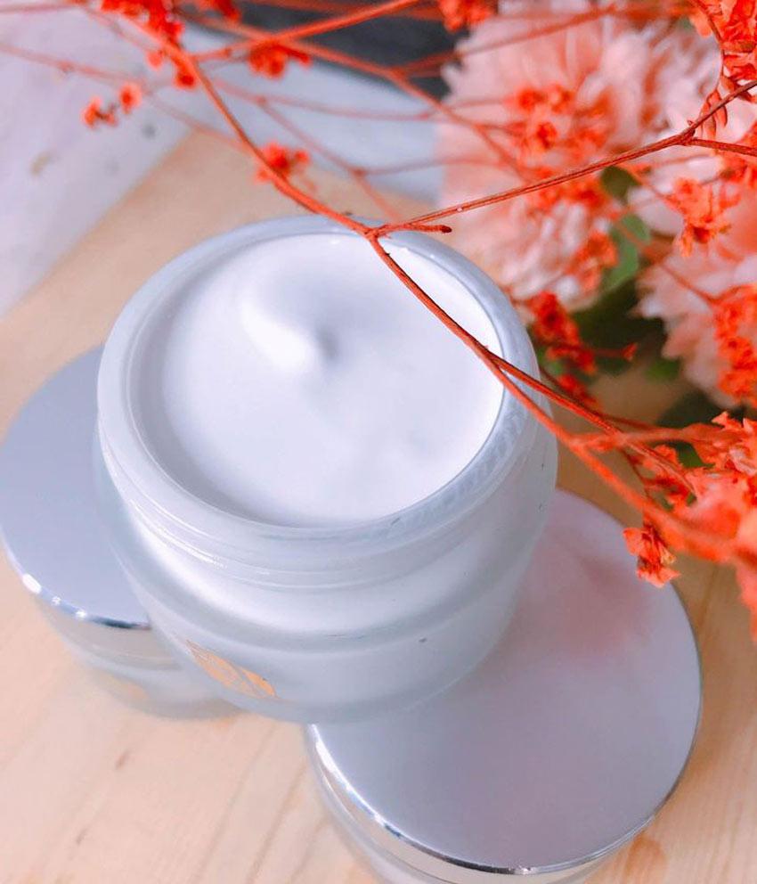 Collagen sữa non giá bao nhiêu?