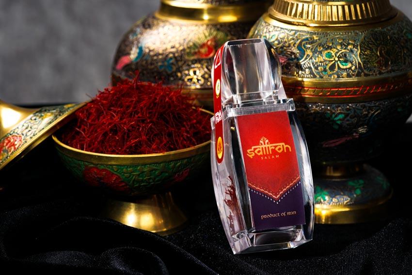 """Trà Saffron - Thức uống đẹp da trị mụn được """"săn lùng"""" nhiều nhất"""