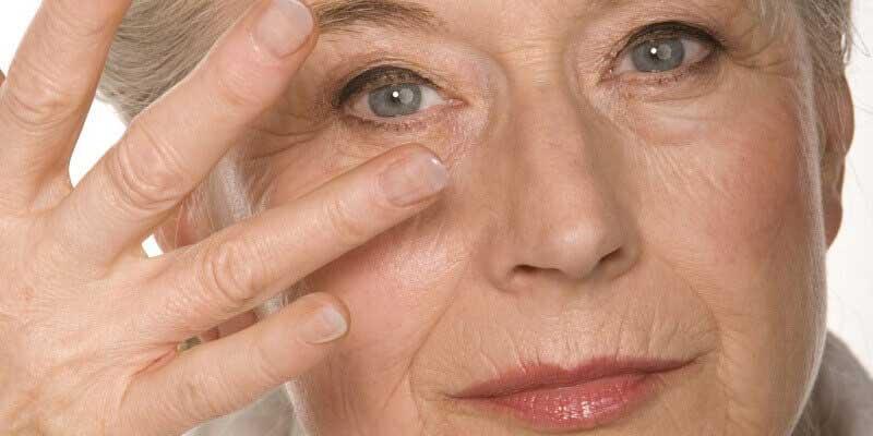 Các cách trị nhăn da mặt tự nhiên