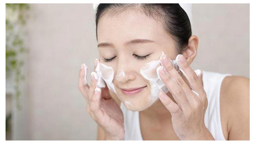 Làm sạch da - Cách làm da mặt mịn màng tự nhiên đơn giản nhất